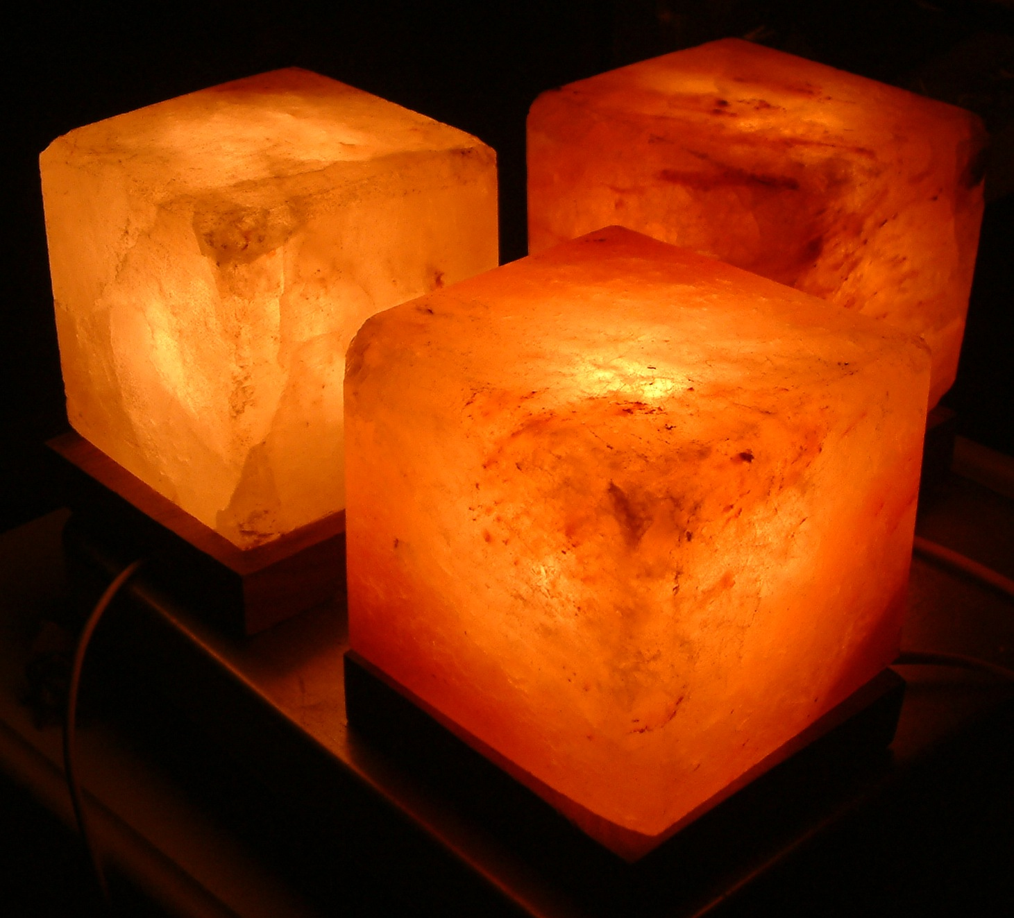 Salt Lamps Instructions : 12 things that you can do immediately to improve your body s circadian clock - The Living Proof ...