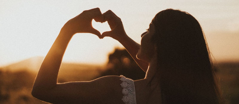 21 Simple Ways to Love Yourself to Life